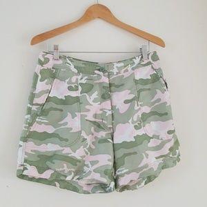 Guy Harvey Shorts - Guy Harvey Womens mid-rise fishing shorts